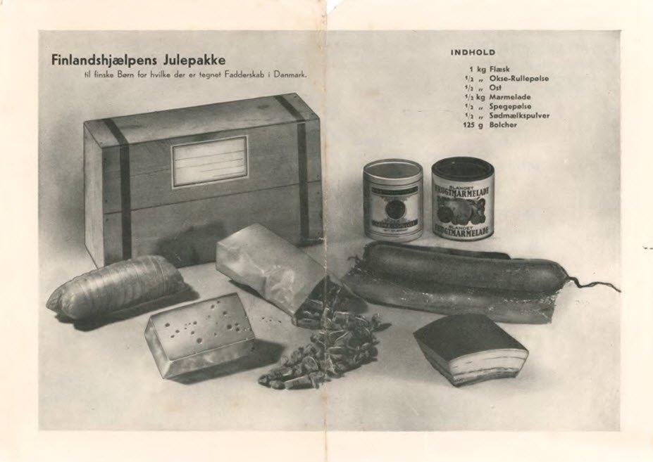 """Finlandshjælpens Julepakke til finske børn, """"for hvilke der er tegnet Fadderskab i Danmark"""". Pakken indeholdt blandt andet 1 kilo flæsk, en halv spegepølse og 125 gram bolcher. Foto fra bogen."""