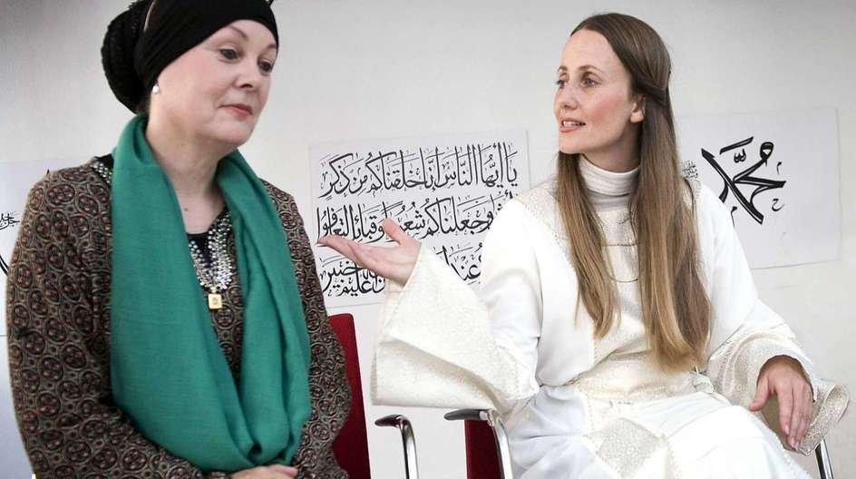 De mest læste kirkeartikler fra i år omhandler især islam og kongehuset, men også spørgsmålet om, hvem der må bære kisten ind i kirken inden en begravelse.