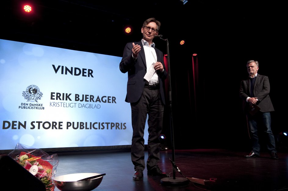 Kristeligt Dagblads chefredaktør, Erik Bjerager, sendte en varm hilsen til avisens journalister og den kommercielle afdeling. Begge dele er afgørende, understregede han.