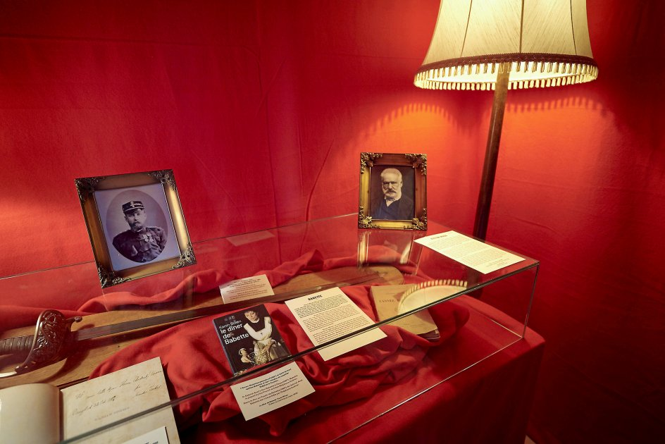 Den anden udstilling på Karen Blixen Museum Rungstedlund handler om romanfiguren Babettes fortid i Paris.