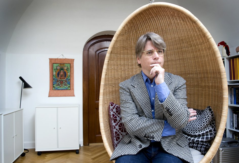 Peter Lund Madsen,hjerneforsker,radiovært,foredragsholder og meget mere. Fotograferet i hjemmet på frederiksberg,København