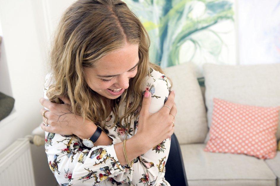 Kirstine Frida Rysbjerg, stifter af forening, der laver selvhjælpsgrupper.fotograferet i hjemmet i NV.