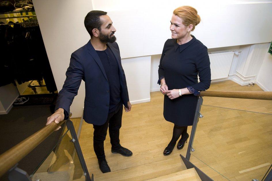 Inger Støjberg,integrationsminister og Chadi Feigeh,talsmand for Hizb ut-Tahrir i samtale på kristeligt Dagblads redaktion.