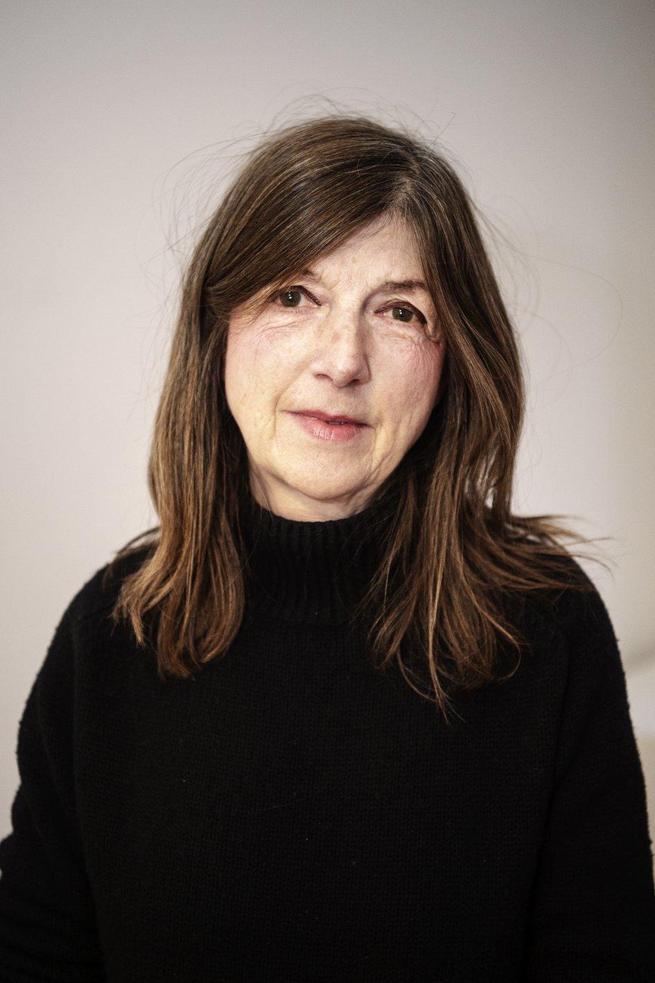 Det Etiske Kompas, Program 6. Live fra Kristeligt Dagblads kantine. Voxpop:Jane Bækgaard, 68 år og bor på Vesterbro i København.