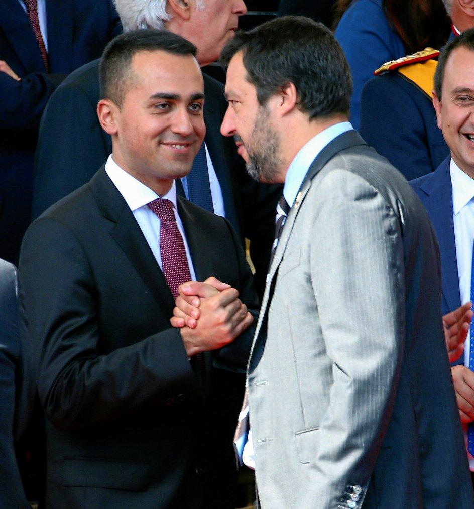 Ved det italienske valg sidste forår stemte Diego Tolomelli på Femstjerne-bevægelsen, men det sker ikke igen. For han vil aldrig tilgive dem, at de med Luigi Di Maio (tv.) i spidsen gik i regering med Matteo Salvini og dennes højrenationalistiske Lega. I dag er både Salvini og Di Maio vicepremier- ministre. –