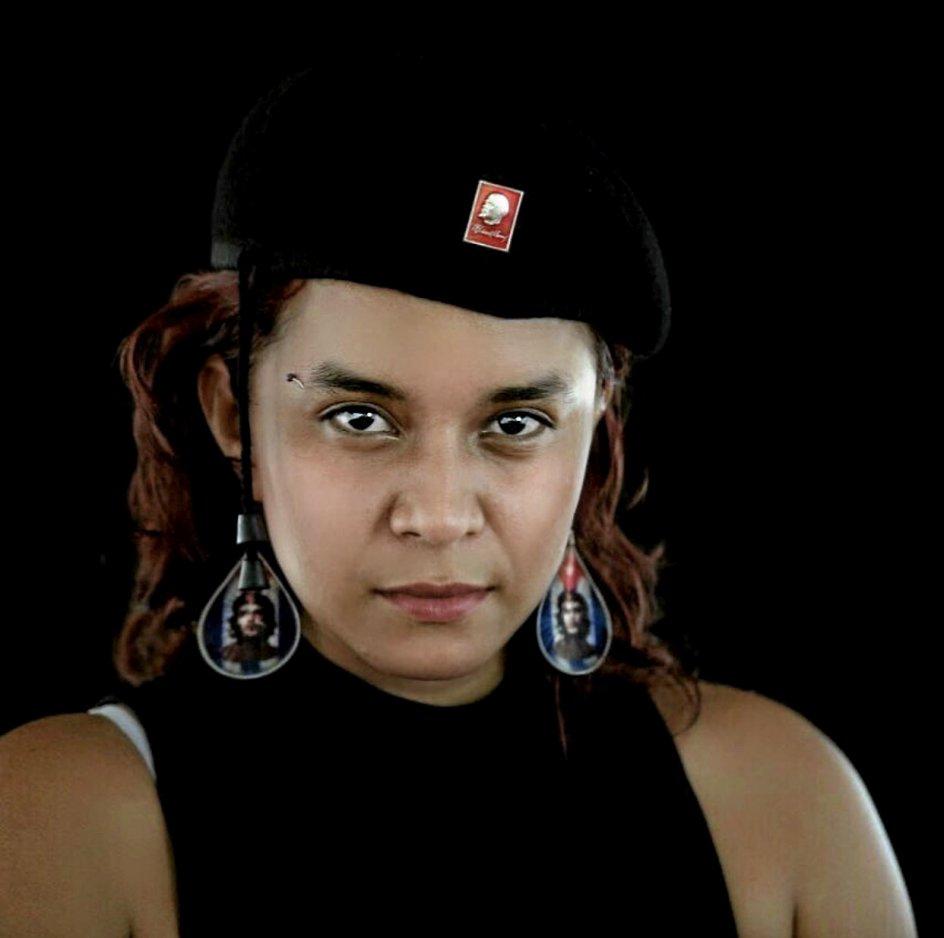 I 13 år var Ivonne Rivera Leon en del af den marxistiske oprørsgruppe Farc, og hun bruger stadig helst sit guerilla-dæknævn end sit rigtige navn. –Privatfoto.