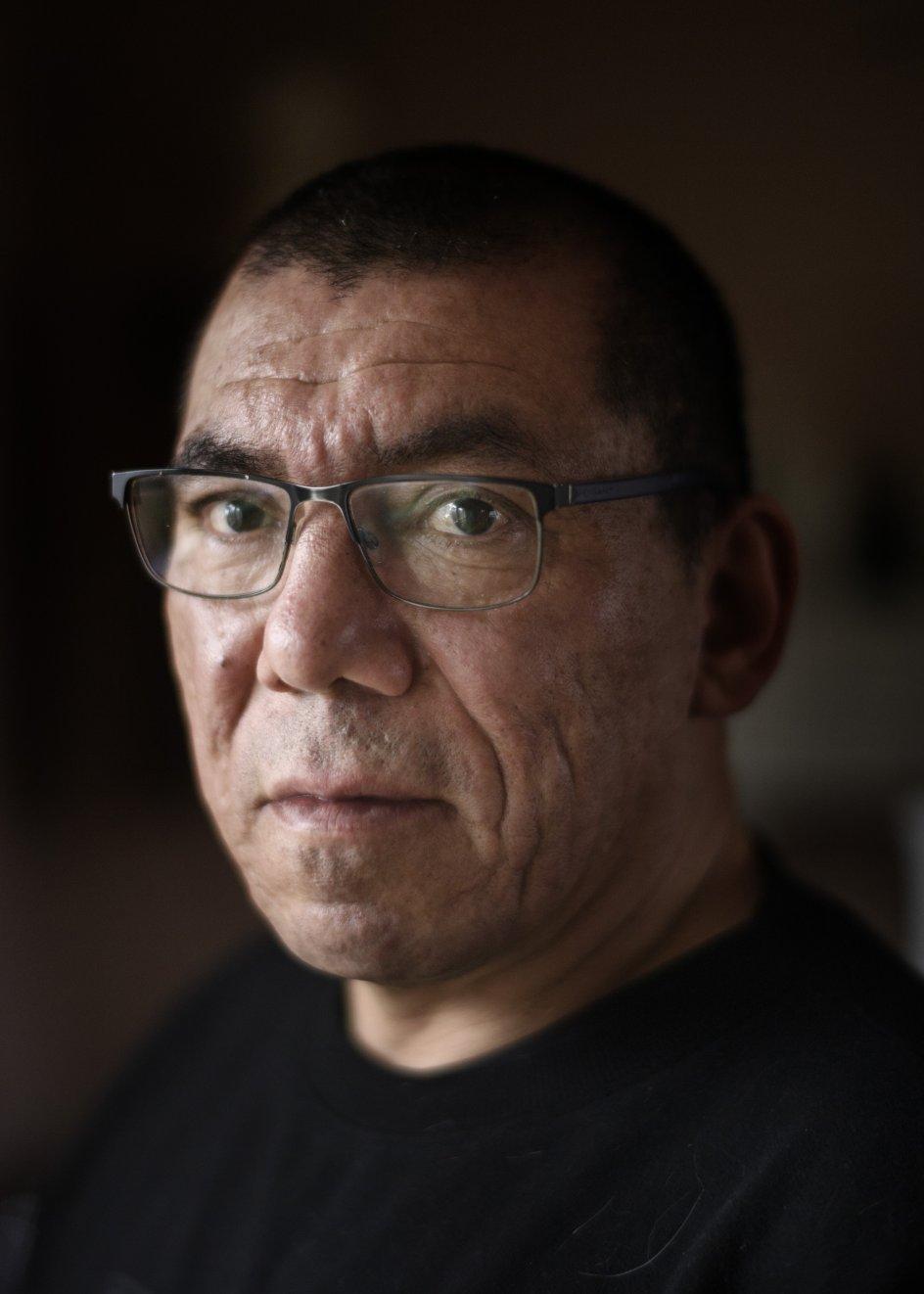 Manuel Tom Kaalund blev ifølge sine adoptionspapirer født den 13. november 1974 og hed dengang Manuel Francisco Humeres Salinas. I dag har han to børn fra et tidligere forhold og to bonusbørn med sin nuværende kæreste.