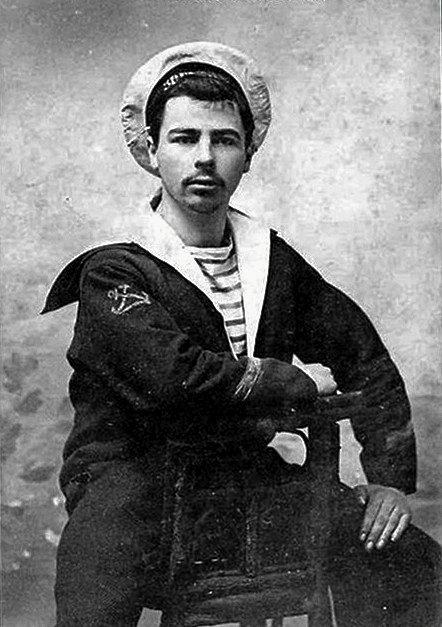 Fransk sømand fotograferet omkring år 1910. – Foto: Wikimedia Commons.