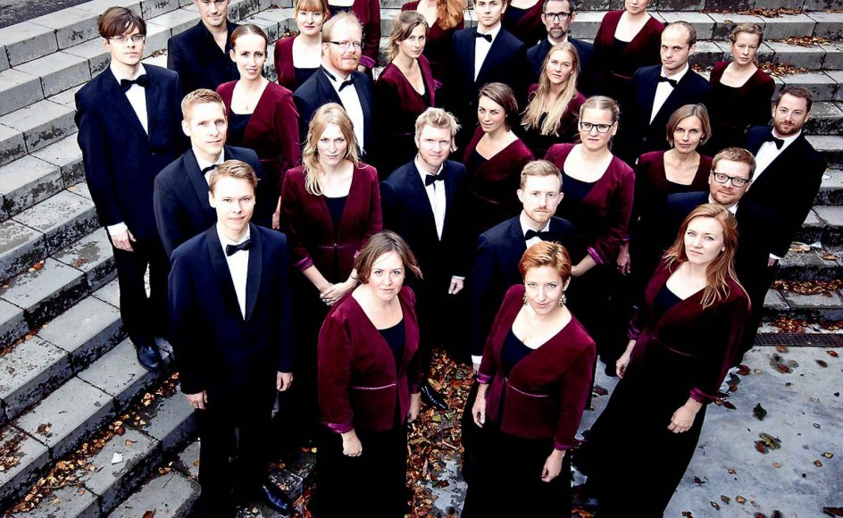 Bortset fra Det Kongelige Operakor stillede tre af Danmarks bedste amatørkor op til udfordringen: Kammerkoret Camerata (billedet), Kammerkoret Hymnia og Universitetskoret Lille MUKO.