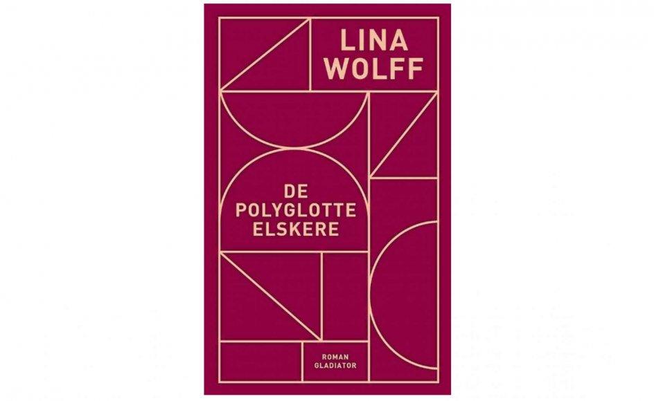 """""""De polyglotte elskere"""" rækker ind i tidens skoldhede diskussioner, men er i samme bevægelse en roman, der viser, at netop romanen kan bruges til at fastholde gamle strukturer eller til at blotlægge dem for læseren, skriver Kristeligt Dagblads anmelder."""