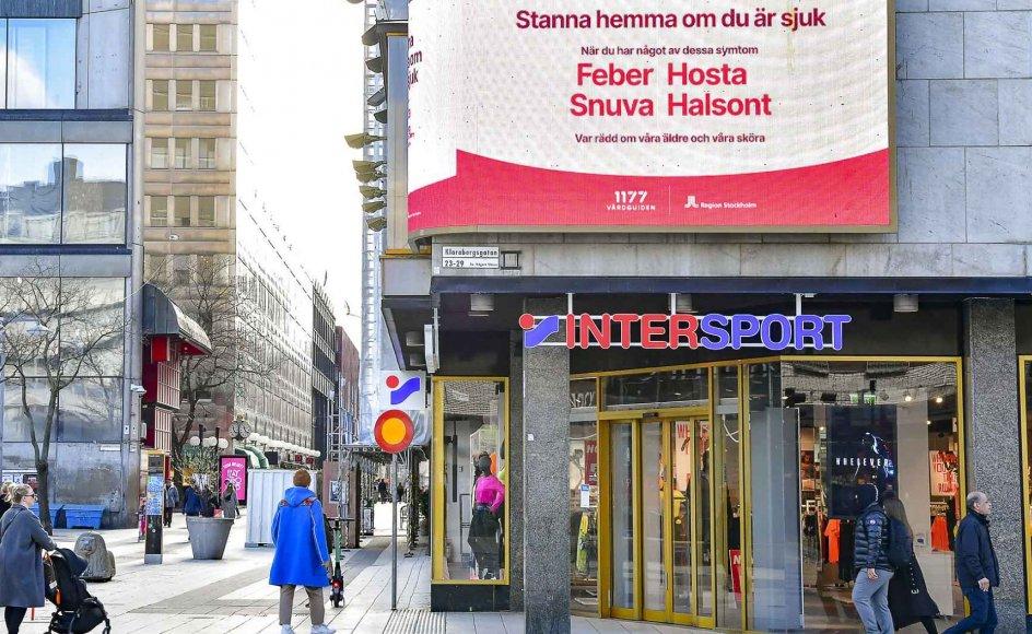 I Sverige er det eksperterne, som langt hen ad vejen udstikker retningen for bekæmpelsen af coronakrisen. Svenske offentlige styrelser har en generel autonomi, som danske styrelser ikke har.