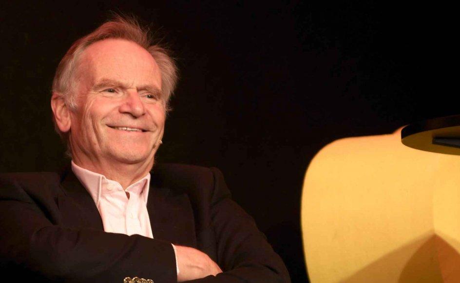 Den tidligere parlamentariker og britiske forfatter Jeffrey Archer genudgives på dansk hos Lindhardt og Ringhof. Anmelder og sognepræst Kristian Østergaard har læst begge.