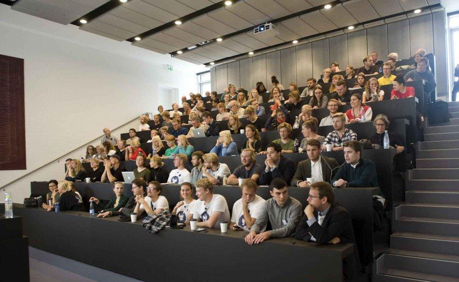I år er 228 kommet ind på teologistudiet i København og Aarhus, mens 276 havde studiet som førsteprioritet. På billedet er det Teologisk Fakultet på Københavns Universitet på Amager.