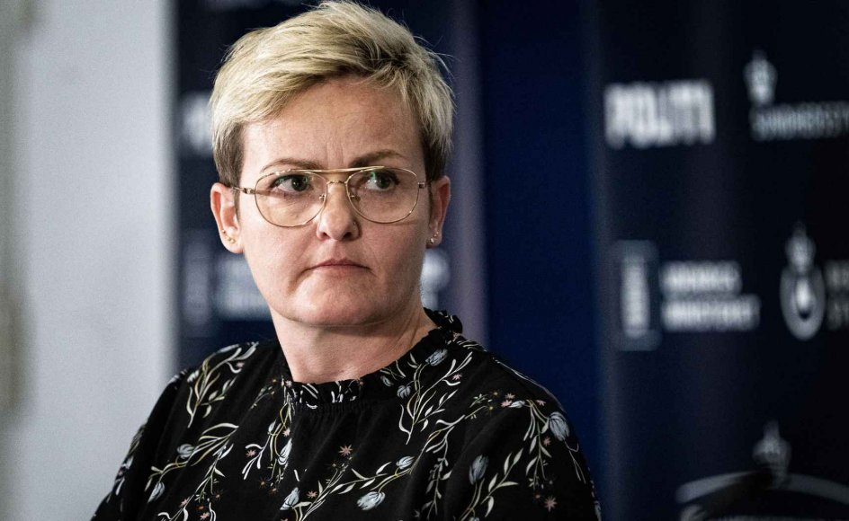 Undervisningsminister Pernille Rosenkrantz-Theil (S) melder ud, at regeringen i det kommende folketingsår præsenterer sit bud på, hvordan de muslimske friskoler kan lukkes.