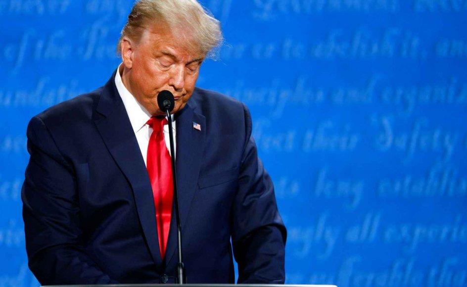 Sammenlignet med den kaotiske tv-debat i Cleveland i Ohio for godt tre uger siden var præsident Trump betydeligt mere behersket og sammenhængende, og han fremstod som en kompetent debattør, der for det meste var i stand til at nedtone sin bombastiske personlighed og lade sin modstander komme til orde