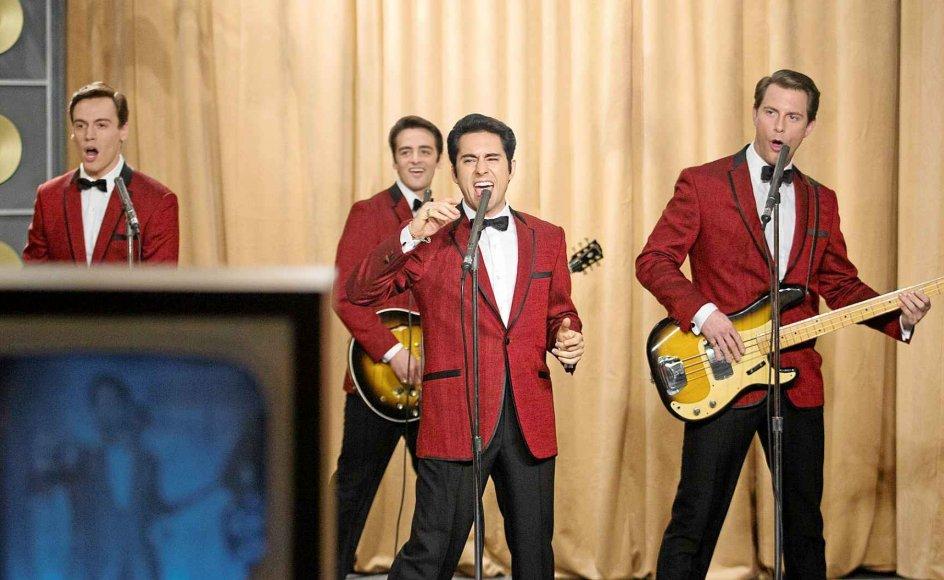 I billeder og lyd følger filmen popgruppen The Four Seasons' karriere indtil 1990, hvor medlemmerne vælges ind i The Rock and Roll Hall of Fame. -