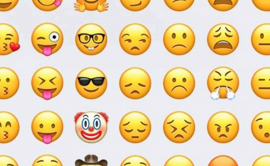 """""""Du skal være opmærksom på, hvorfor du gør det. Jeg er stor tilhænger af, at man tjekker sine egne motiver. Er det for at bløde op, så den anden ikke bliver vred? Er det for at indynde dig? Er det ubetænksomhed? Hvad vil du med det?"""" rådgiver Charlotte Mandrup om brugen af smileys i arbejdsmails. Emojis fra Apple"""
