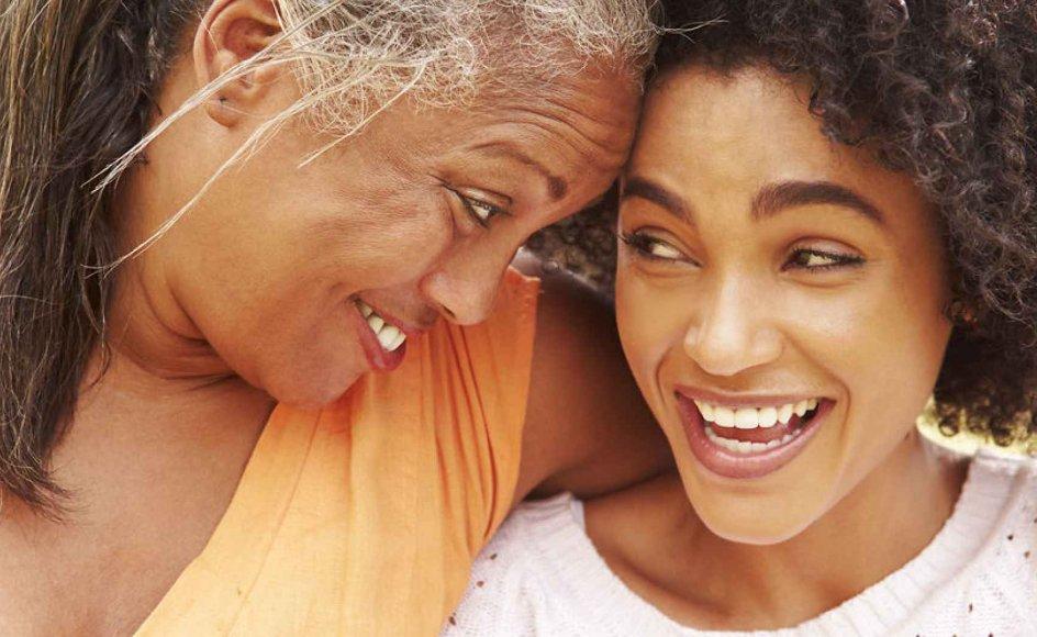 Et barns forhold til forældrene er til døden dem skiller, men mange voksne børn lever med en brudt relation til deres far og mor, og forældre sidder tilbage og føler, at de har mistet det forhold, de havde oplevet som den mest naturlige og tætteste i deres liv: Forholdet til et barn. Modelfoto.