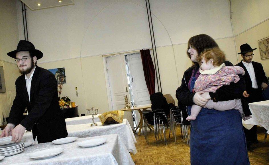 Rosh Hashana fejres i disse dage af jøder verden over. I Ole Suhrs Gade i København har man i det jødiske kulturhus, Chabad House, travlt med forberedelserne.