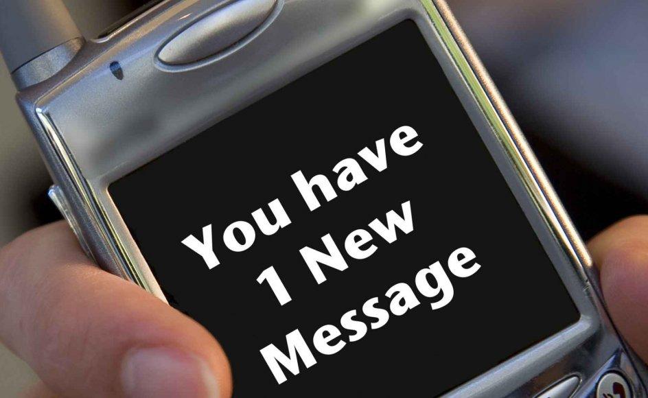 Danskerne mener, at der i orden at fri over en SMS
