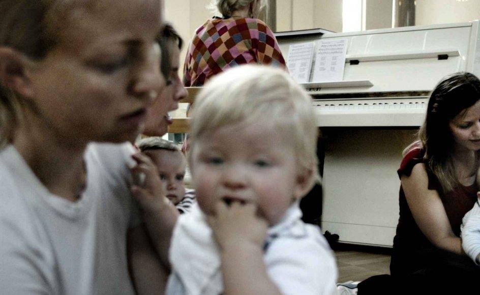 Den seneste musikpædagogiske forskning på blandt andet landets musikkonservatorier har vist, at spædbørn sagtens kan tilegne sig musik. -
