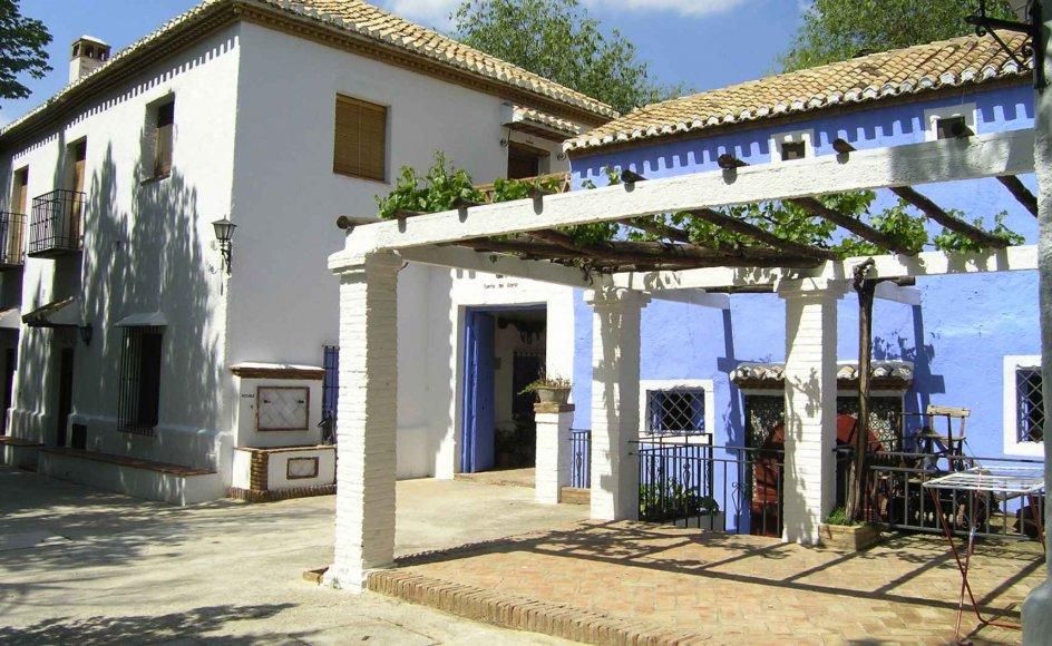 Olivengården ligger smukt og afsondret i Andalusien i det sydlige Spanien.ERA