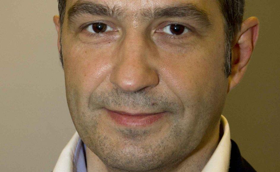 Pablo Llambias er aktuel med en ny roman.