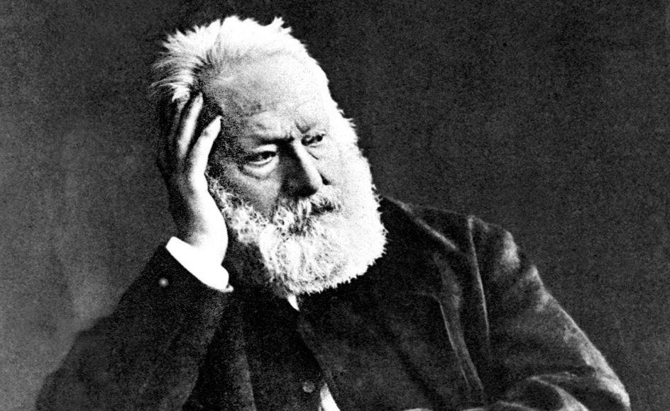 """Et af de mest betydningsfulde værker inden for den romantiske litteratur i Frankrig er """"Klokkeren fra Notre-Dame"""" fra 1831 skrevet af franskmanden Victor Hugo (1802-1885). –"""
