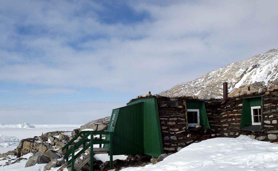 Julemandens sommerhus ved Uummannaq. DR-TV optog Julekalenderen Nissebanden ved samme hytte.