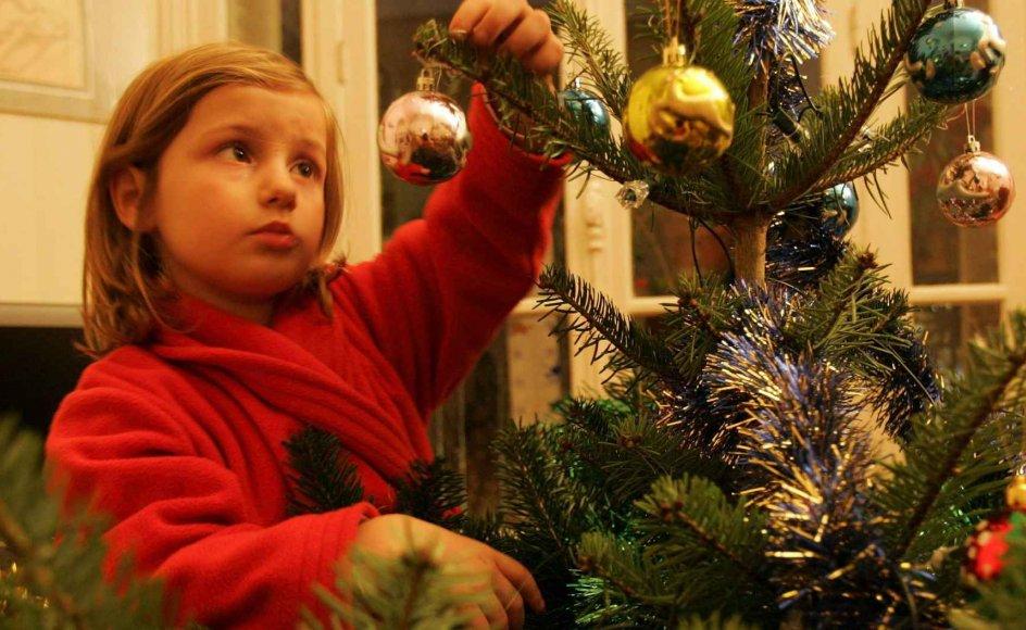 Julen kan være andet end en hyggelig og glædelig højtid. Julen kan også være en tid forbundet med sorg og savn til en man elsker, der er gået bort. Den oplevelse deler flere hundrede af Mindet.dk's brugere.