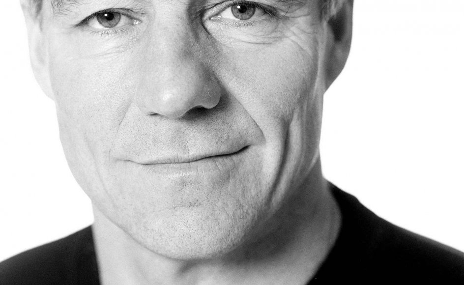 Skuespiller Henrik Jandorf er tillidsmand for Det Kongelige Teaters medarbejdere, der i morgen stilles over for en omfattende fyringsrunde samt beskæring i antallet af forestillinger. Det får store konsekvenser for teatrets kunstneriske produkt, mener Jandorf. –