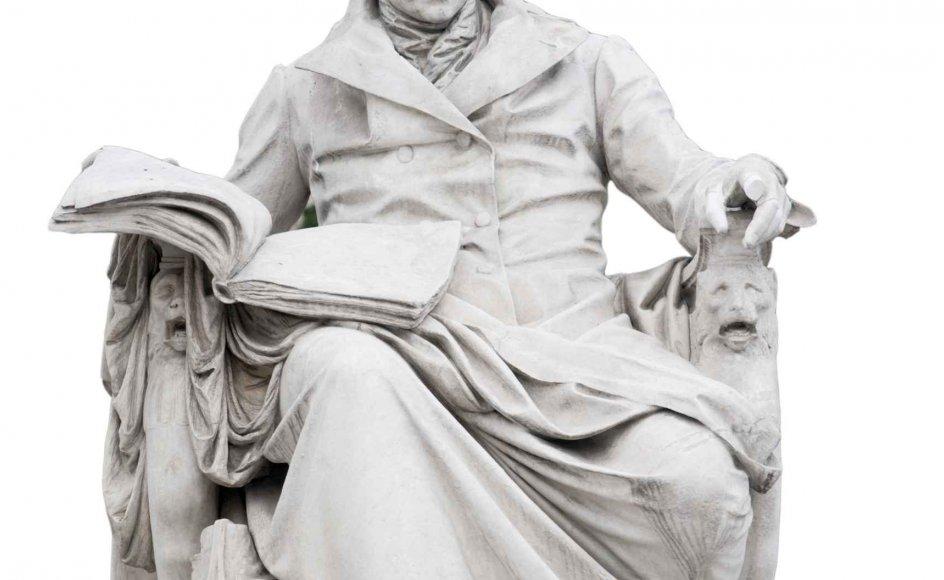 Wilhelm von Humboldt (1767-1835) prægede sin samtid gennem såvel banebrydende sprogforskning som omfattende uddannelsesreformer og grundlæggelsen af en helt ny type universitet. Her ses en statue af ham, der står foran det universitet i Berlin, som i dag bærer hans navn.