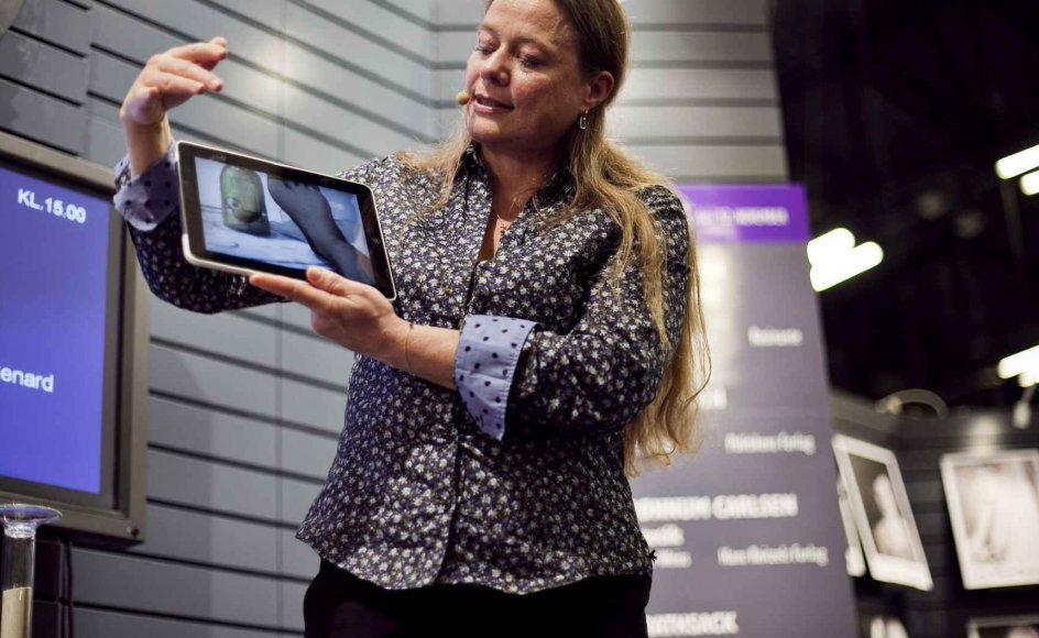 Merete Pryds Helle er en af de forfattere, der eksperimenterer flittigst med digitale medier. Sidste år skrev hun den første iPad-roman på dansk.
