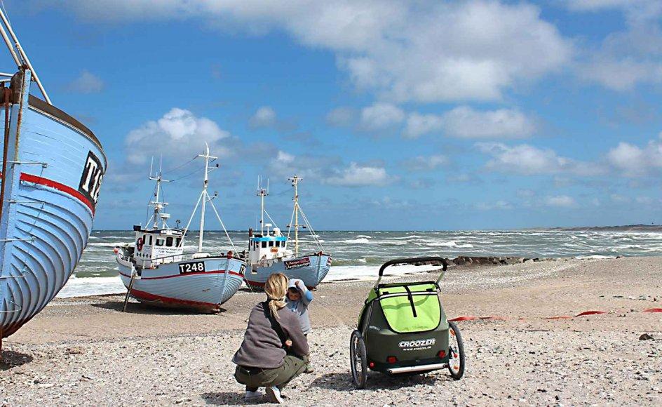 Nørre Vorupør er kendt for at trække sine blå fiskerbåde op på stranden. Endnu større indtryk gør dog de friske fisk, som man kan nyde både i røgeriet og i butikken. Medbring eget brød, og man har en madpakke for viderekomne!