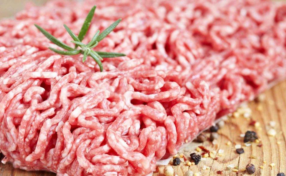 Systematisk svindel med hestekød ser ikke ud til at være udbredt i supermarkederne i Danmark. Til gengæld er der fundet svinekød i flere oksekødsprodukter, oplyser Fødevarestyrelsen.