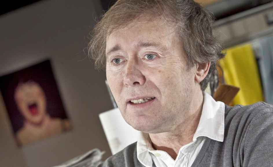 Stig Dalager er yderst nuanceret og nænsom, for ikke at sige blufærdig, over for sin hovedperson. –