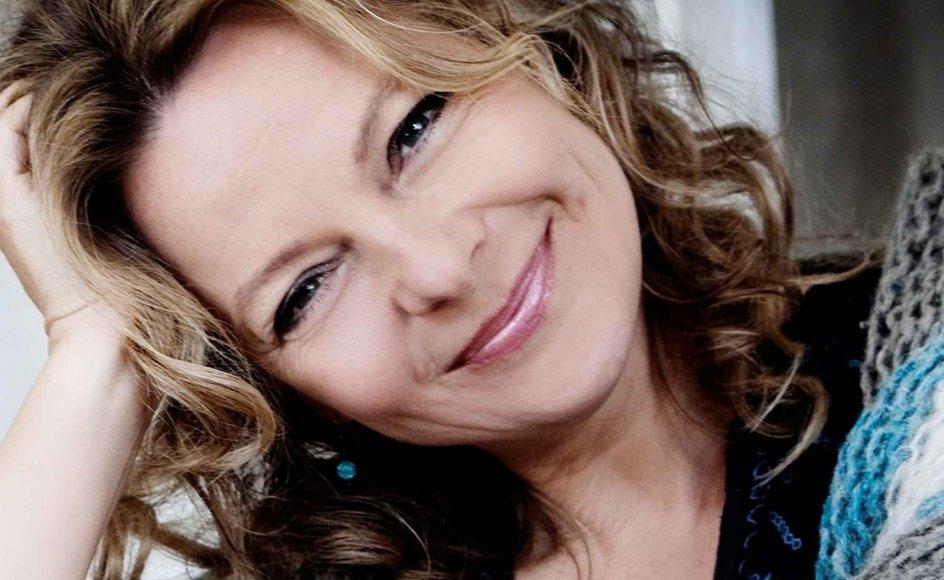 Majbritte Ulrikkeholm har gennem de sidste tyve år været professionel sanger, komponist og forfatter.