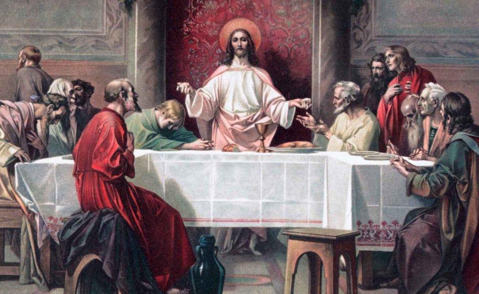 Den mest udbredte forestilling er, at man ikke bør være 13 til bords, fordi en af de 13 omkring bordet vil dø, inden året er omme. Den forestilling stammer fra Det Nye Testamente, hvor der berettes om den sidste nadver. –