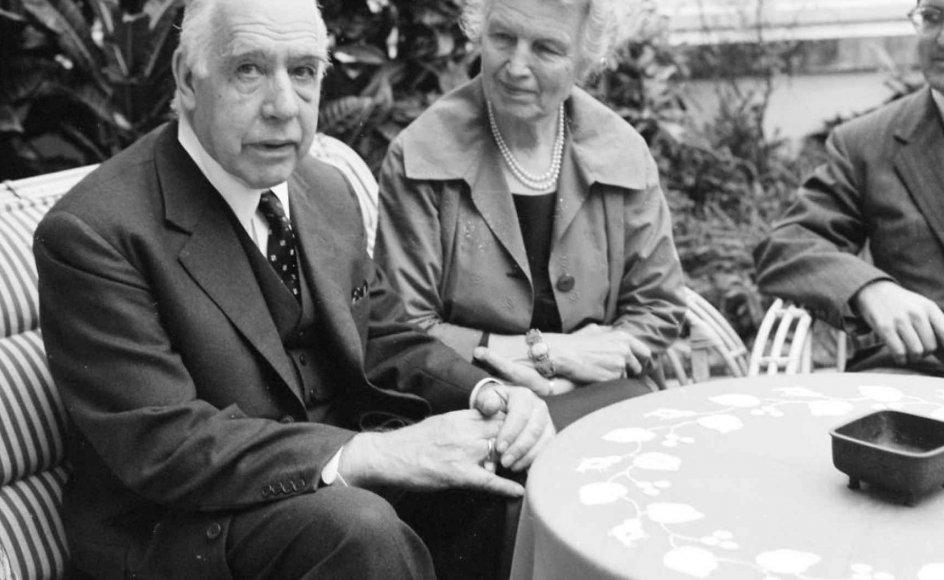 Der er slet ikke sat statsmidler af til at markere 100-året for Bohrmodellen, mens fejringen af Kierkegaard har fået adskillige millioner kroner. Arkivfoto. På billedet ses  Niels Bohr og fru Margrethe Bohr.