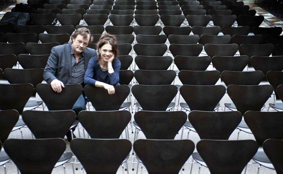 Katrine Gislinge har som pianist flere gange fortolket sin komponistkæreste Bent Sørensens værker – blandt andet i Glyptotekets koncertsal. I hendes hænder bliver hans musik større, mener han. –