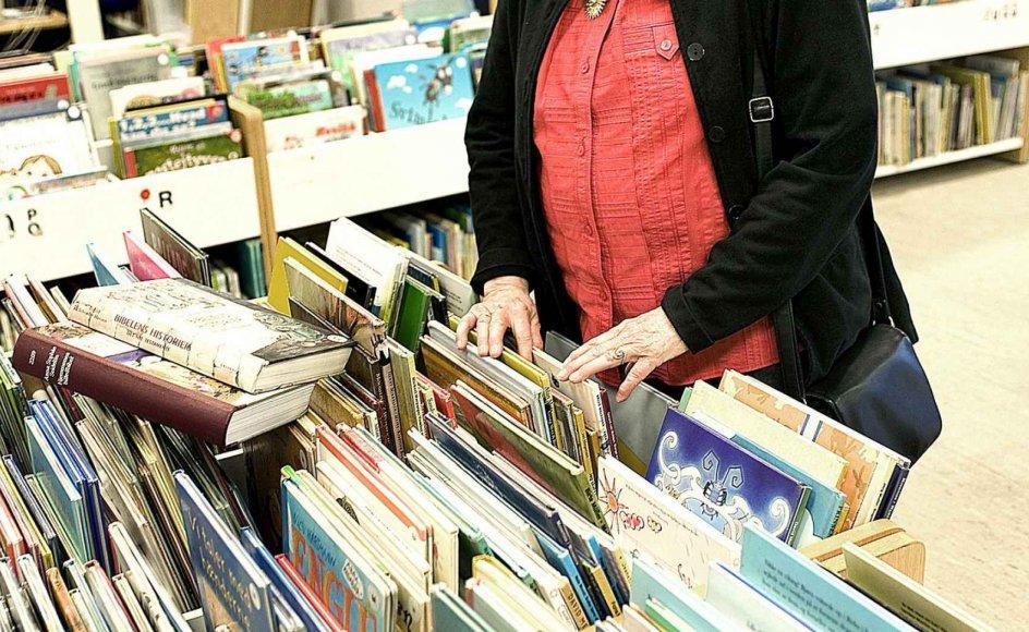 Gunhild Lindstrøm kommer ofte på Hovedbiblioteket i København, hvor hun låner børnebøger med kristent indhold. –