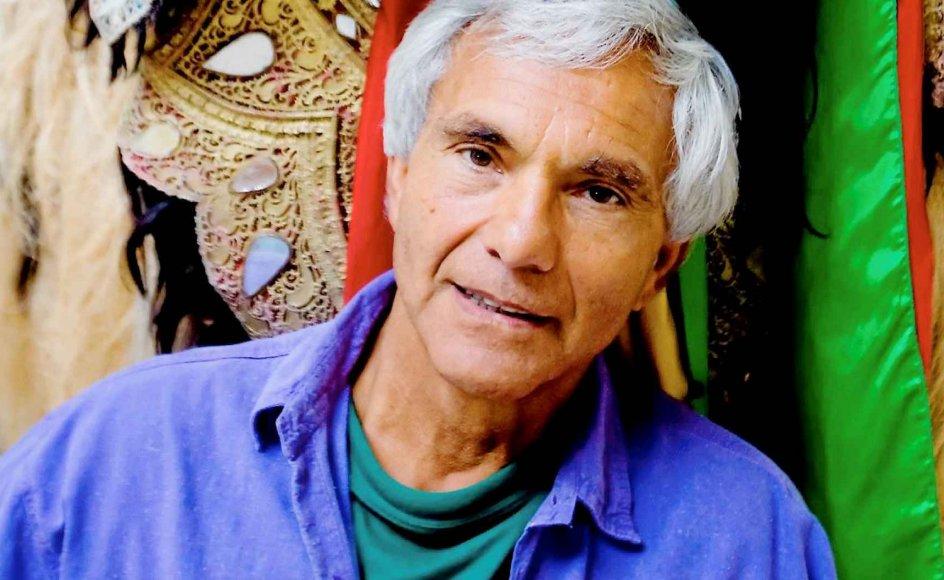 Præster med tilknytning til 1970ernes befrielsesteologi har gjort stort indtryk på Eugenio Barba, der har sat Holstebro på verdenskortet som centrum for eksperimenterende teater.