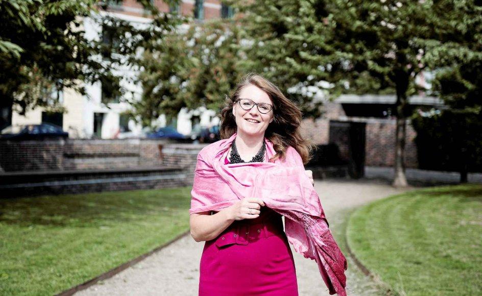 Den 52-årige udviklingschef i Vesterbro Sogn Sabine Kleinbeck opfordrer os til at omfavne livet og alt, hvad det bringer os af sorg og glæde.-