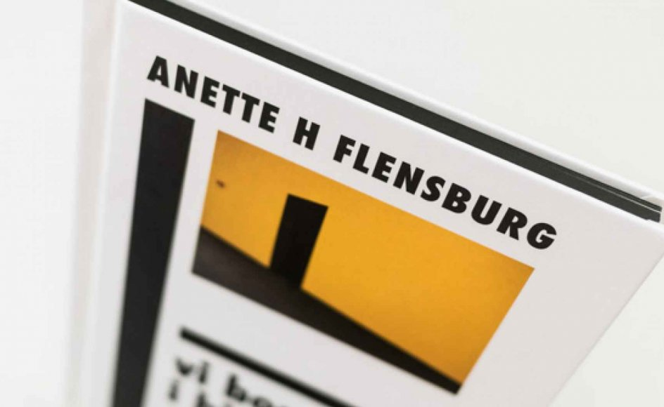 Forsiden til Anette Harboe Flensburgs bog. -