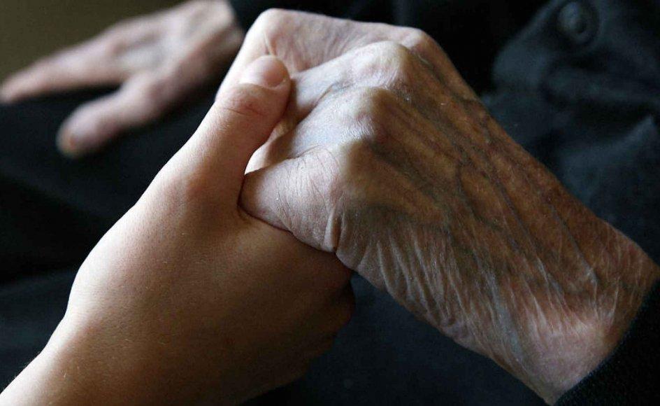 Hvordan håndterer man at vide, at man selv - eller en nær pårørende - snart skal dø? Skriv dine erfaringer til os