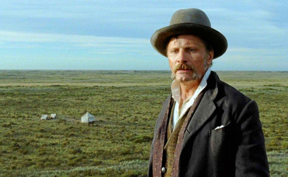 "Viggo Mortensen spiller Kaptajn Dinesen i den argentinske vildmark i den argentinsk-danske western ""Jauja"". -"