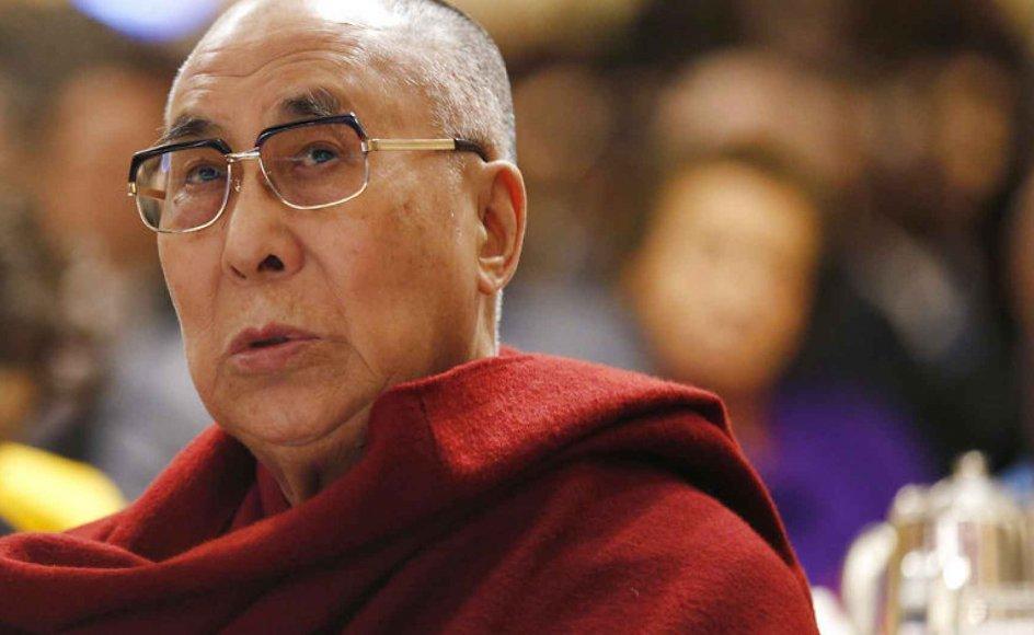 """Daniel Goleman kommer i sin bog """"Det godes kraft. Dalai Lamas vision for verden"""", med en række bud på, hvordan vi sikrer menneskets velbefindende, ud fra Dalai Lamas visioner."""