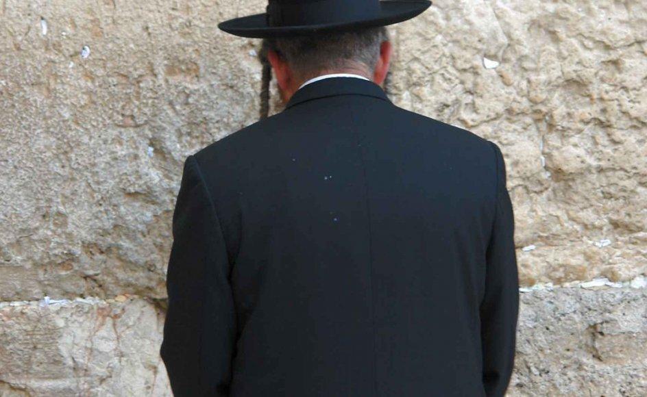 Repræsentanter fra ortodoks, reformert og konservativ jødedom til et forsoningsmøde, for at bløde op på konflikt mellem forskellige jødiske retninger i Israel. Modelbillede af ortodoks jøde.