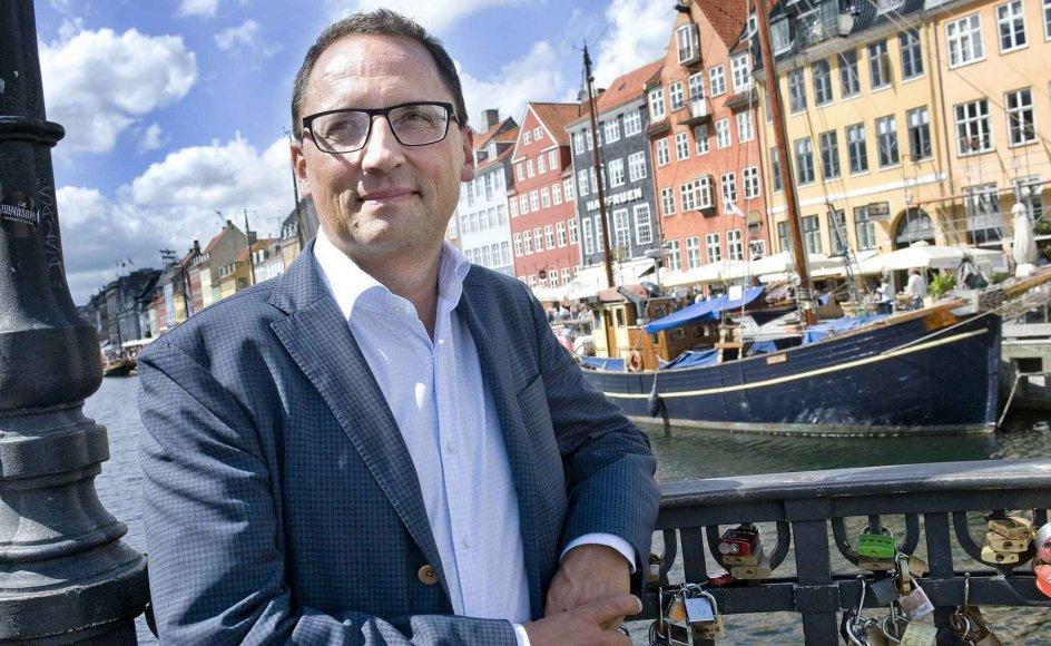 """Som Det Kongelige Teaters direktør færdes Morten Hesseldahl til daglig i H.C. Andersens gamle nabolag i Nyhavn, som nu er blevet en """"billedkliché om Danmark"""", som han siger. -"""
