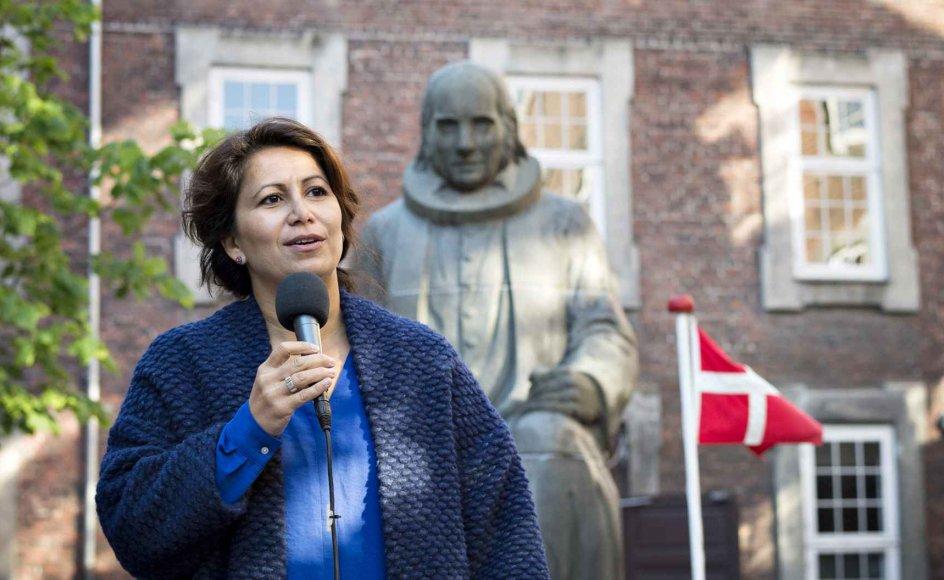 Grundtvigs 232 års fødselsdag blev fejret i Vartov i København, hvor Özlem Cekic holdt fødselsdagstale.